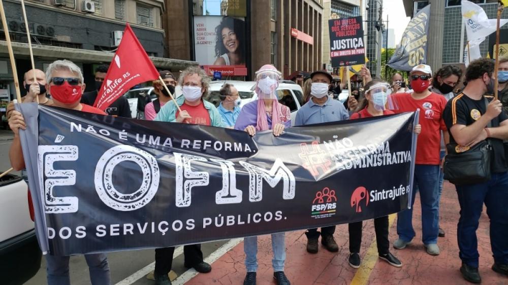 Ato unificado contra a reforma administrativa